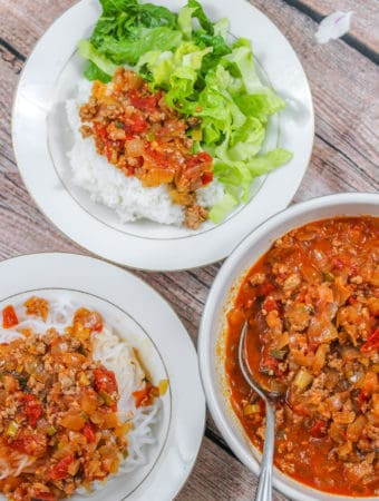 Vietnamese Ground Pork in Tomato Sauce (Thịt Băm Sốt Cà Chua) with rice, lettuce and noodles